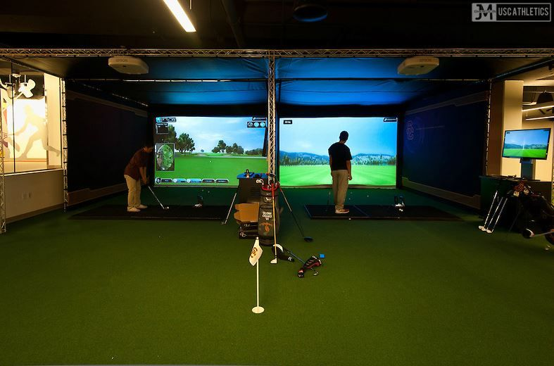 Inside The Doors Of 8 Gorgeous Golf Course Homes | Golf simulators ...