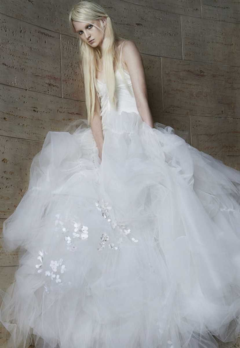 Wedding gowns for spring design by vera wang wedding dresses