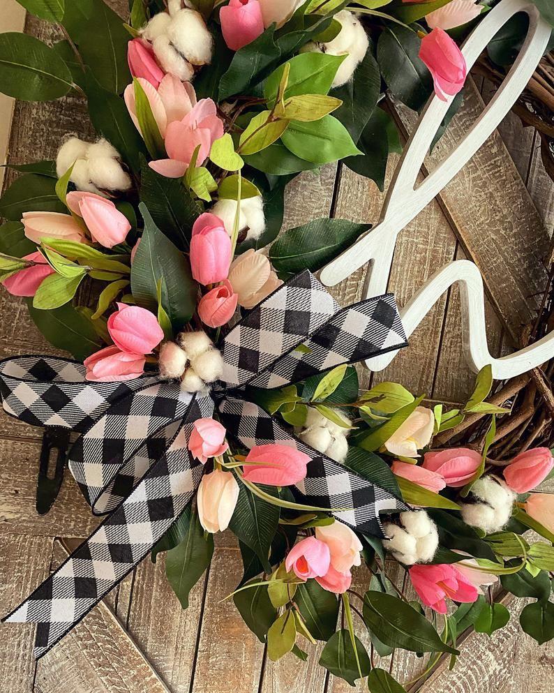 Photo of Frühlingskranz für die Haustür, Buffalo Check Dekor, Baumwoll Haustürkranz, Tulpenkranz für die Haustür, Frühlingsdekorationen, Osterkranz