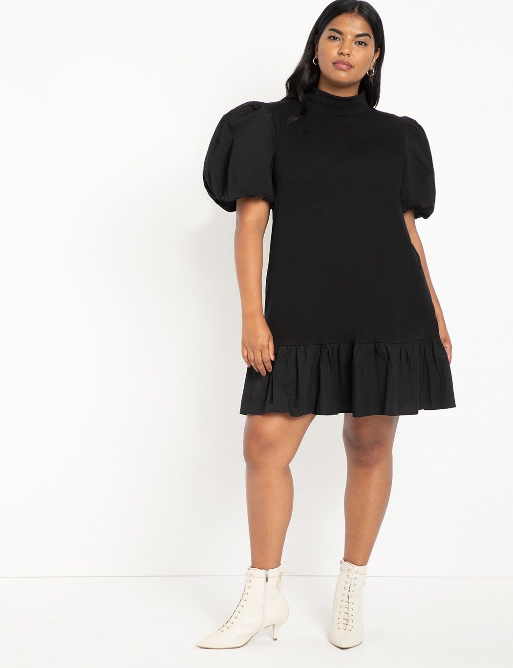 T Neck Easy Dress With Flounce Plus Size Short Dresses Simple Dresses Plus Size Dresses [ 1366 x 1050 Pixel ]