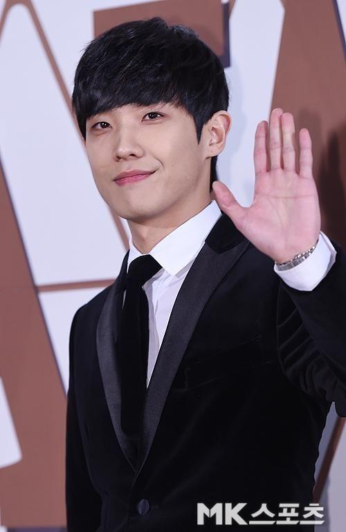 20141230 Lee Joon - MBC Drama Awards photowall | boy in 2019
