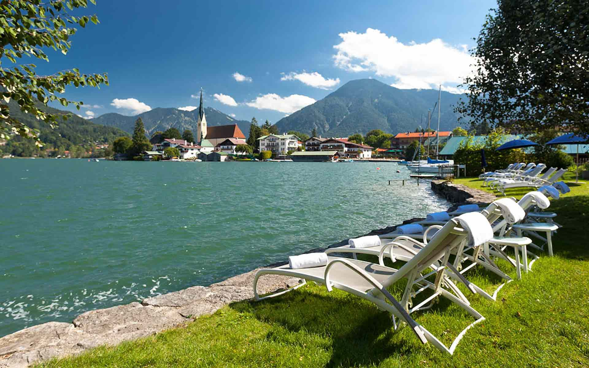 Hotel In Rottach Egern Althoff Seehotel Uberfahrt Luxury Vacation Spots Vacation Spots Luxury Vacation