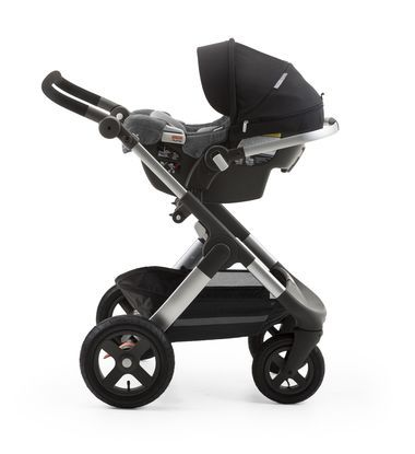 Betere Stokke® PIPA™ By Nuna® car seat Black. Mounted on Stokke® Trailz XX-24
