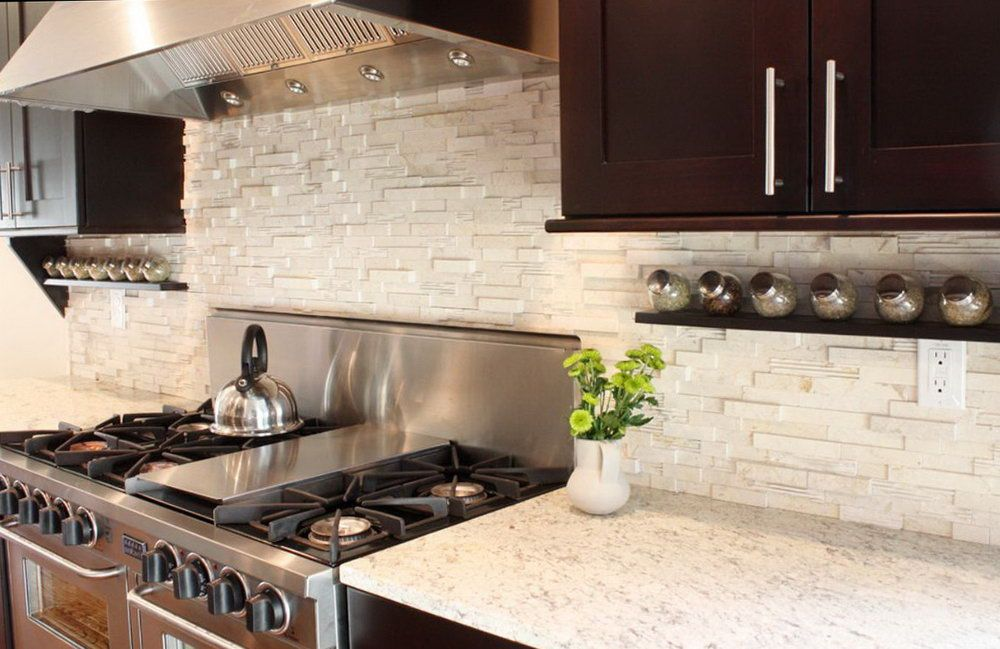 Black Granite White Cabinets Backsplash Jpg 1000 649 Kitchen