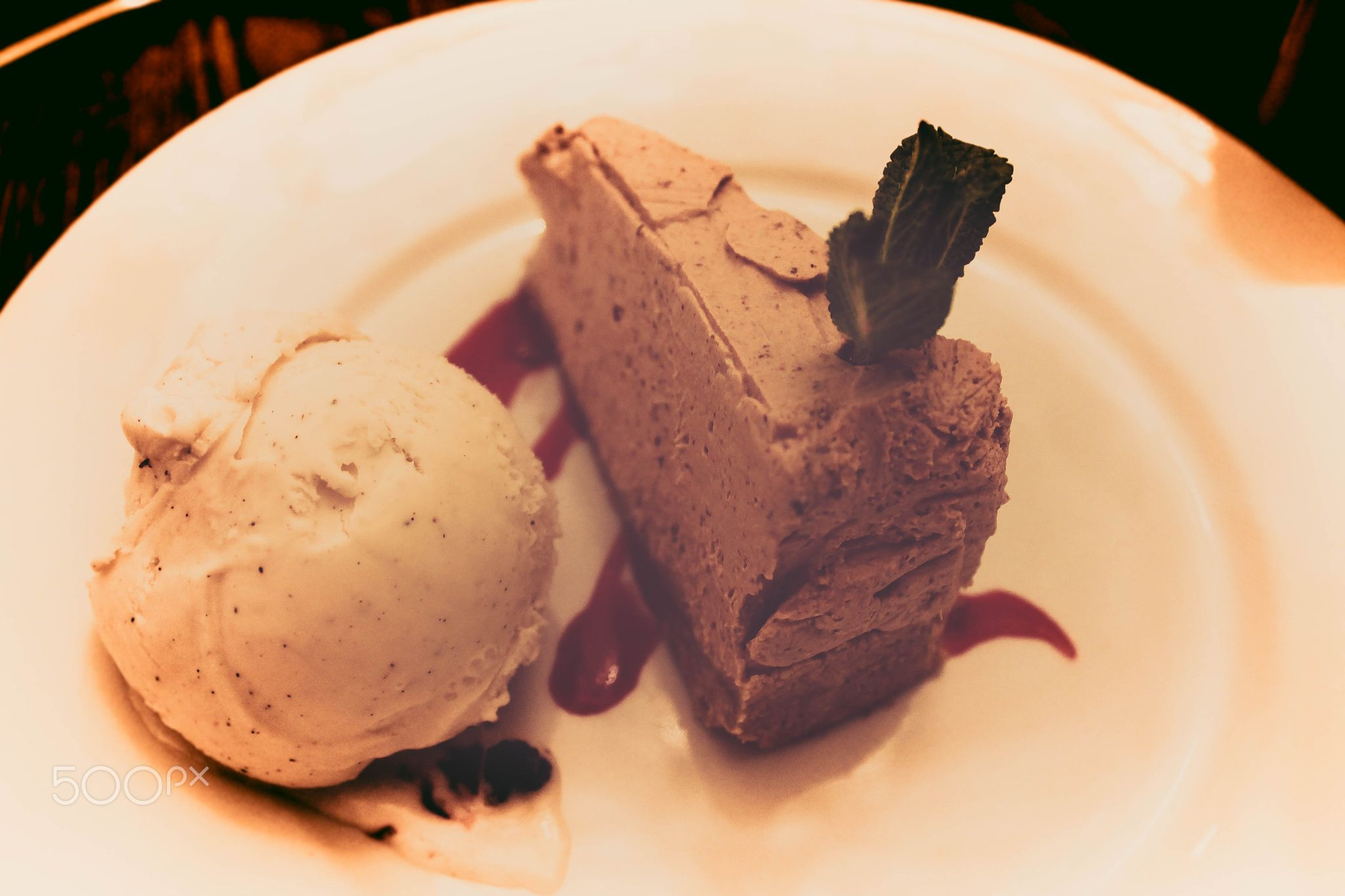 Sweet Life - Have a little chocolate cheesecake with ginger biscuit and nice ice cream on side. It was really nice.