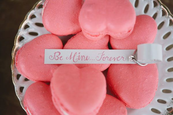 Valentine S Day Engagement Ideas Source Static Weddings