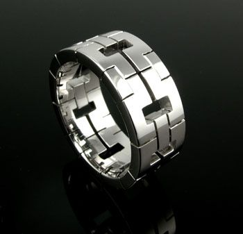 Cartier mens chinese padlock Looks like my wedding band