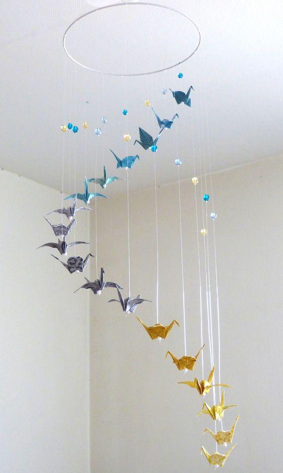 mobile b b origami spirale bleu gris jaune grues et perles origami pinterest origami. Black Bedroom Furniture Sets. Home Design Ideas