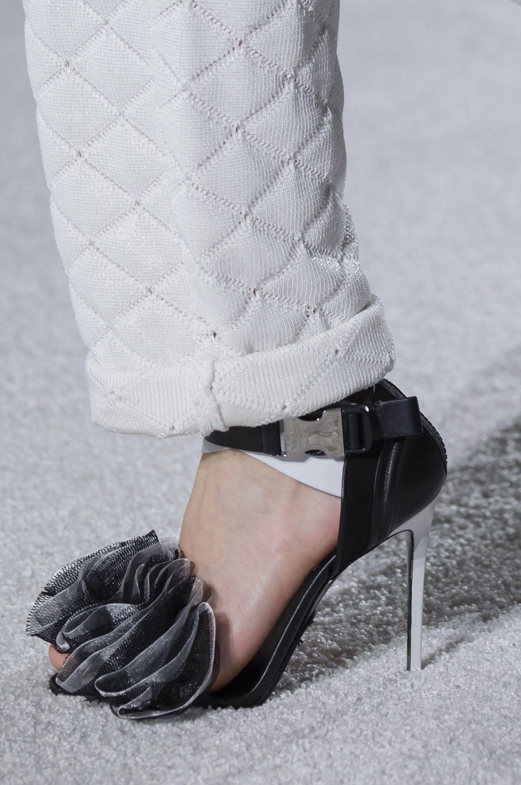 5e56bd7c307e47 Balmain Fall 2018 Fashion Show Details - The Impression Bling Shoes
