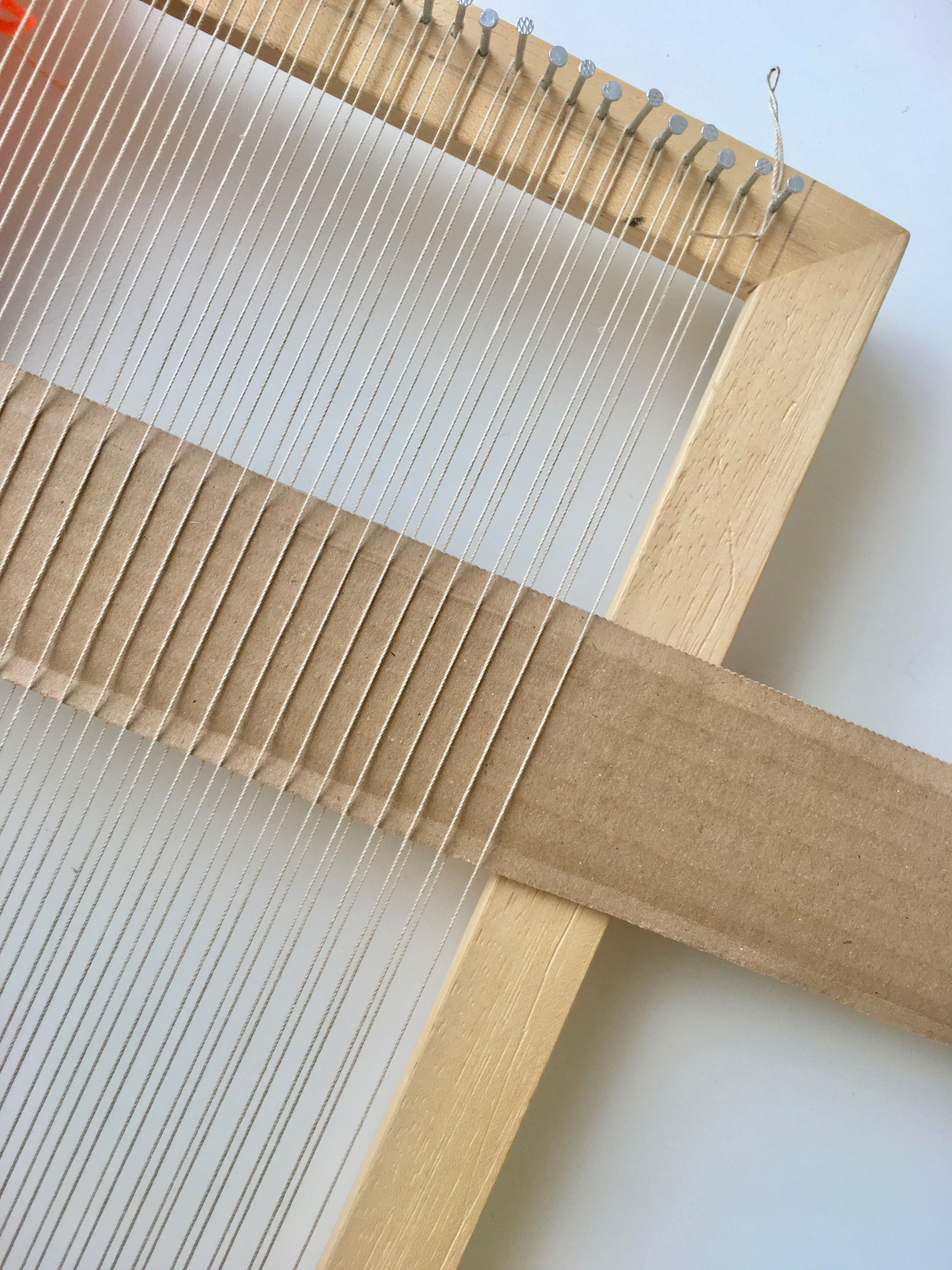 10 Mistakes New Frame Loom Weavers Make: uneven edges, loose warp tension and more! - Fibers and Design