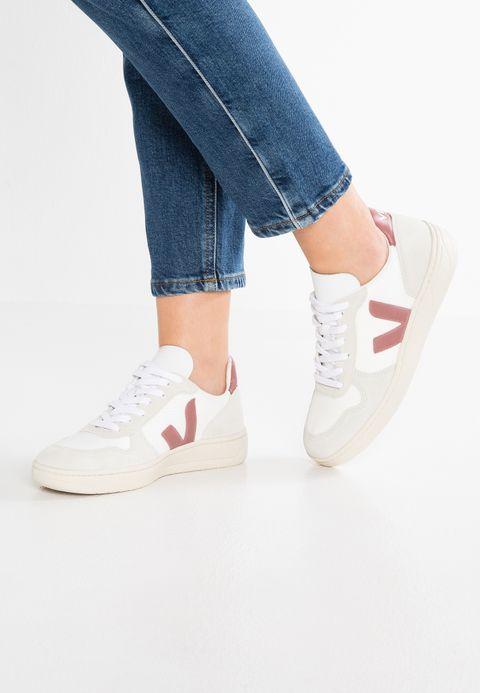 Schoenen Veja Sneakers laag laag Sneakers Weiß/petal wit:   109,95 Bij   943416