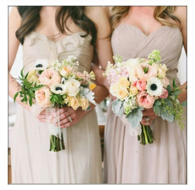 Love these bouquets!!!