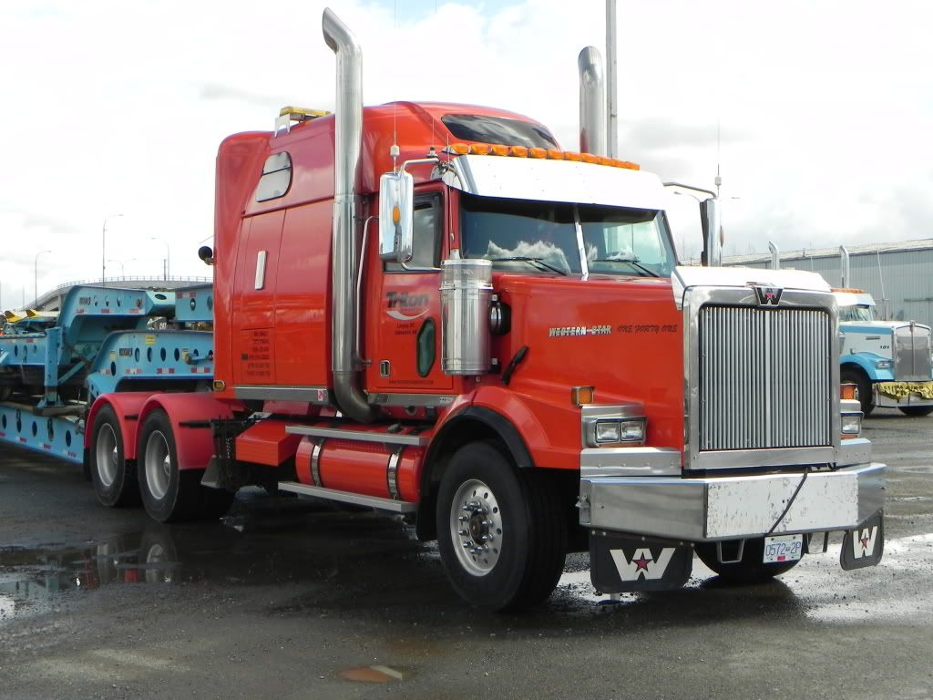 Pin On Amazing And Cool Big Rig Trucks