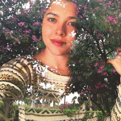 Eu com flores