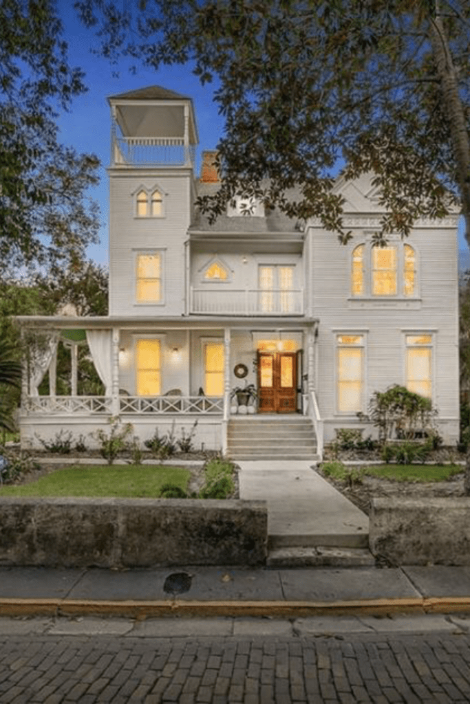 1887 Hibbard House For Sale In Saint Augustine Florida Old Houses