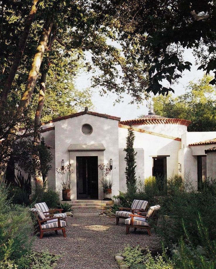 Yard Inspo Spanish Style Homes Colonial Revival Architecture Spanish House