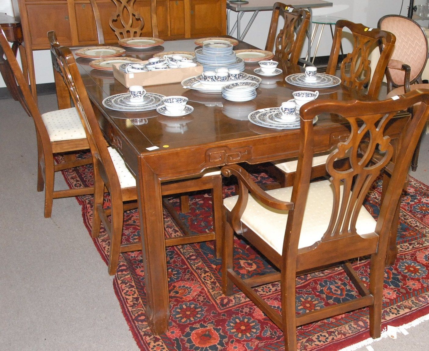 Drexel Heritage Dining Table Set