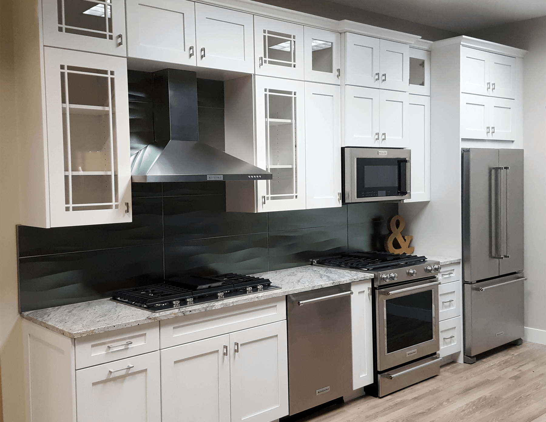 Pre Fab White Shaker Kitchen Cabinets Are An Affordable Well Built And Beautiful Op White Shaker Kitchen White Shaker Kitchen Cabinets Shaker Kitchen Cabinets