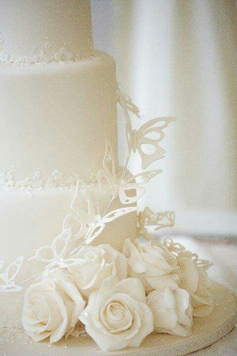 Debby Brown wedding cake detail