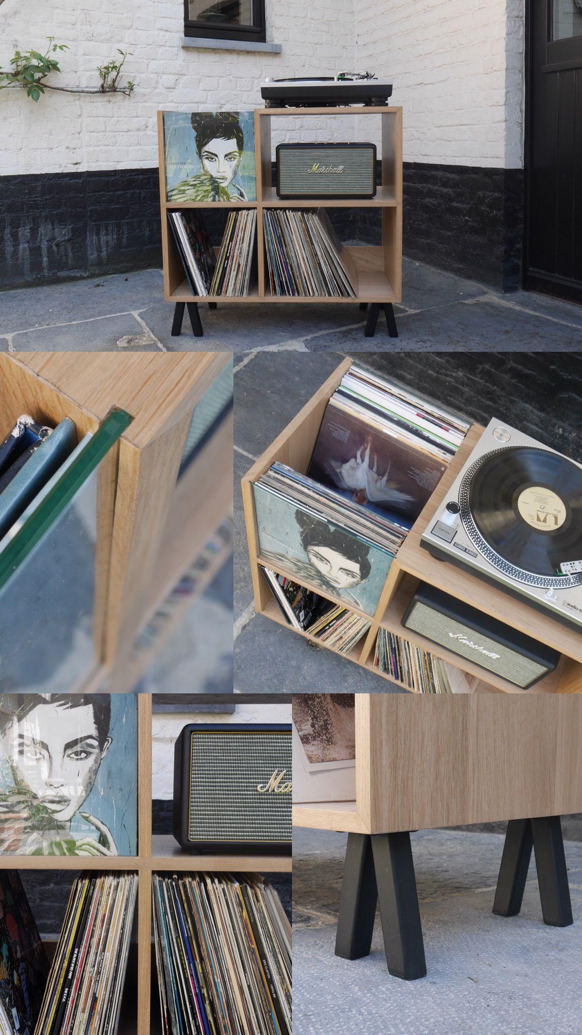 Meuble Vinyles En Chene Massif Voici Un Meuble Ideal Pour Votre Collection De Vinyles Le Collecti Meuble Vinyle Meuble Pour Platine Vinyle Rangement Vinyle