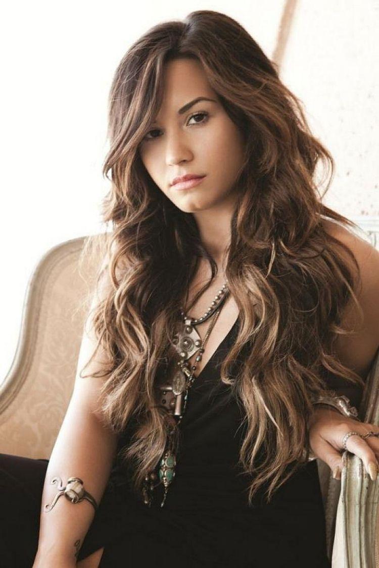 Frisuren Für Lange Haare Stufig Ideen Demi Lovato Kurze Stfen