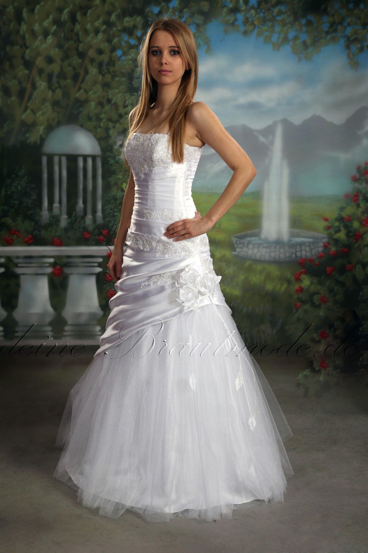 figurbetontes Brautkleid Feminin Kleid Hochzeitskleid A
