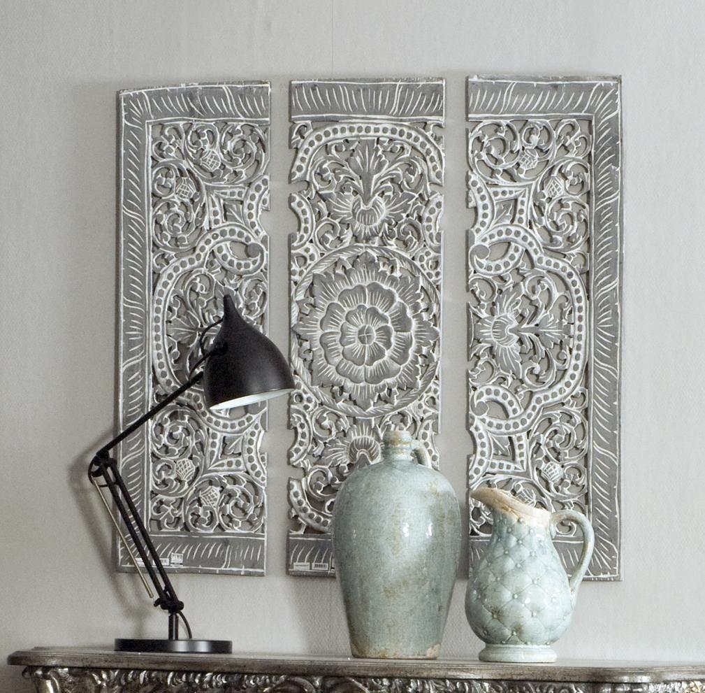 prachtig houten wandpaneel met sierlijke uitsneden. Black Bedroom Furniture Sets. Home Design Ideas