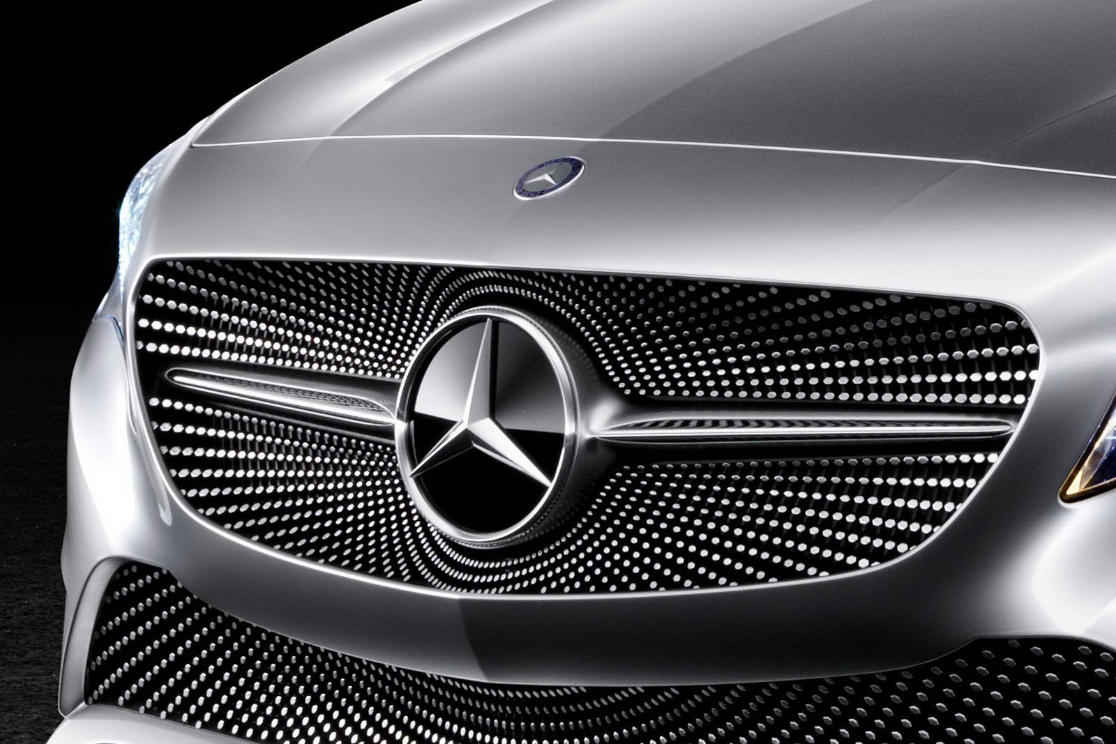 Mercedes concept a class exterior front jpeg for Mercedes benz grille