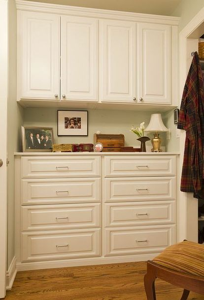 Built-in dresser | Bedroom built ins, Bedroom cabinets ...