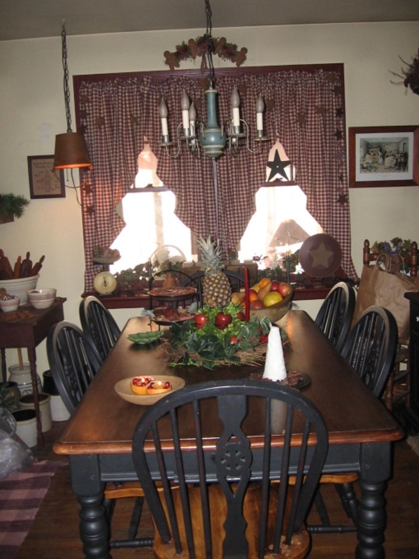 Primitive Decor Ideas Living Room For Christmas Photo Gallery About Room Decor Primitive Dining Rooms Primitive Dining Room Primitive Decorating Country