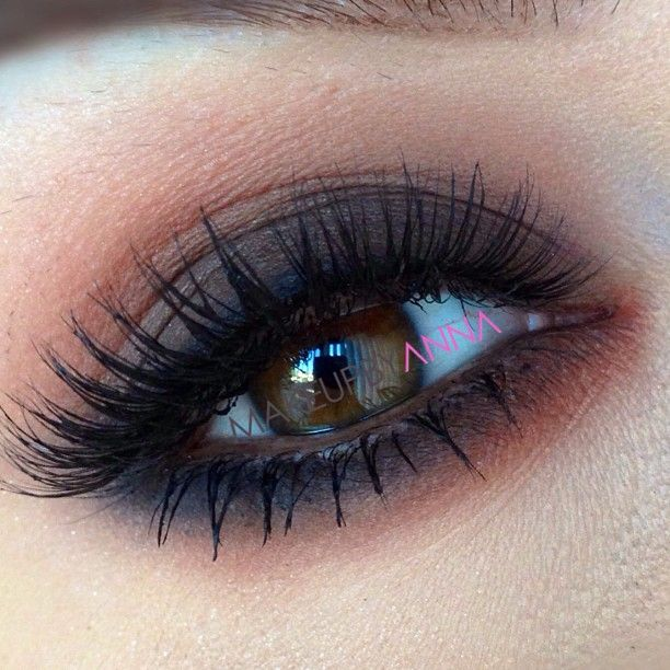 #ShareIG You can never go wrong with browns! Details on my next post✌ #makeupbyanna