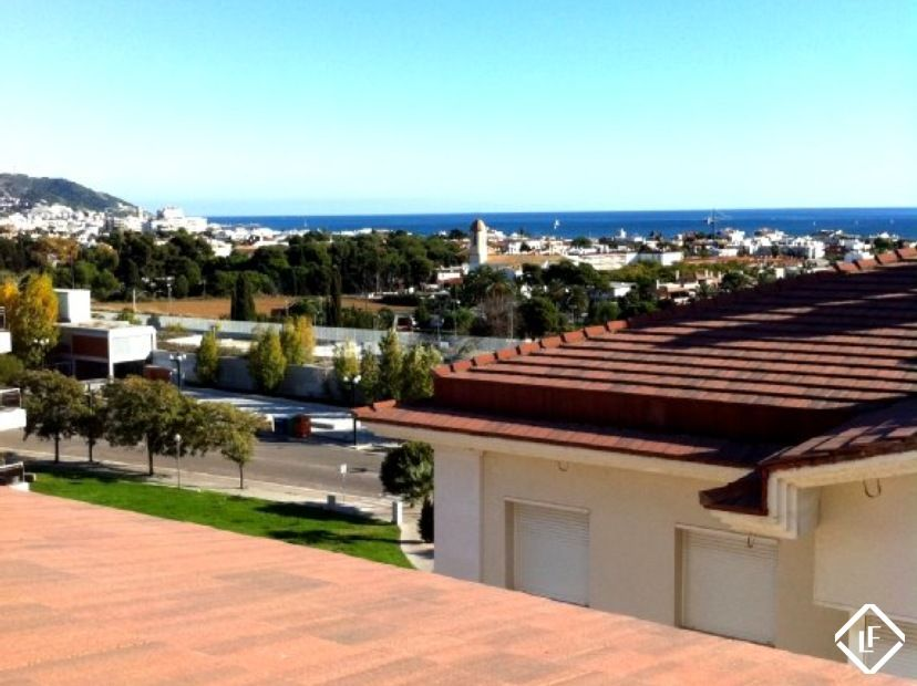 Duplex penthouse apartment for sale in Sitges with sea ...