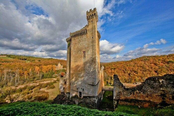 Chateau de Commarque | Chateau, Viajes