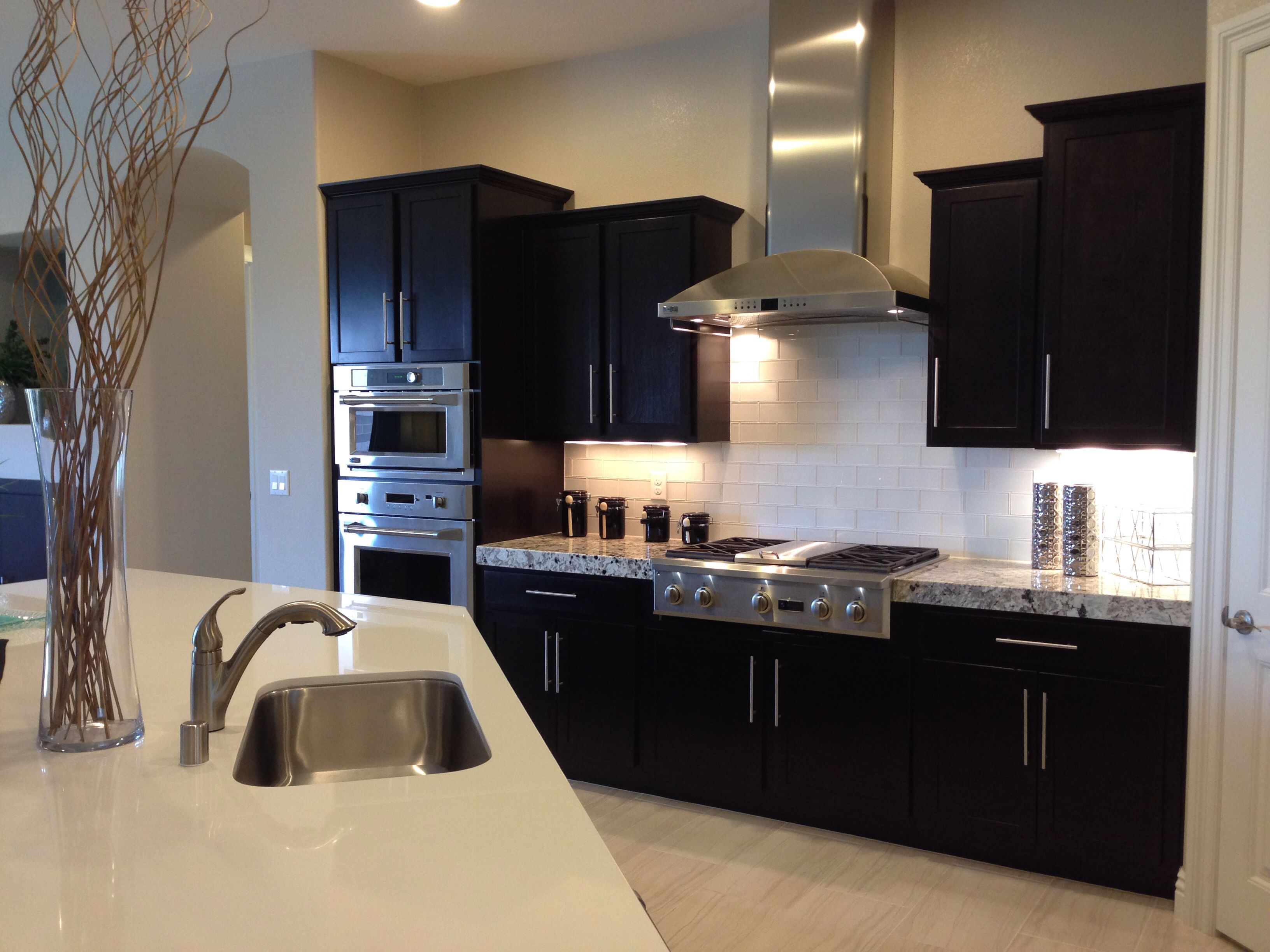 Dr Horton Kitchen Kitchen Design Kitchen Kitchen Cabinets