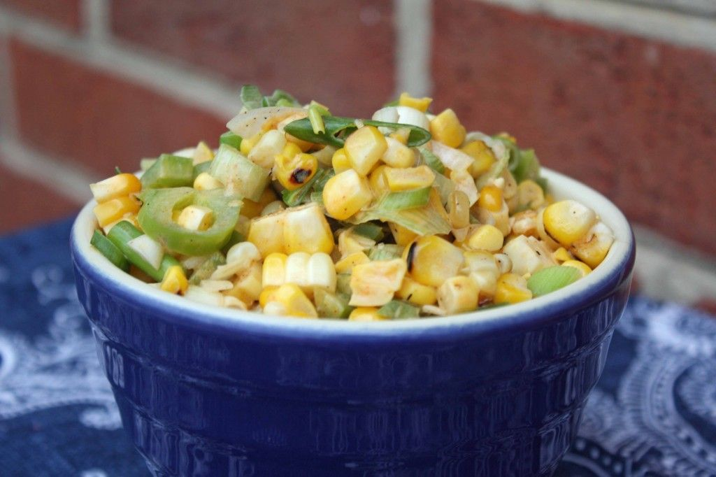 Grilled Corn & Pepper Salad - great way to use up leftover grilled corn from backyard bbqs