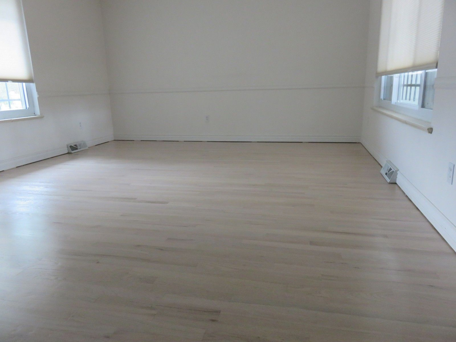 Red Oak Country White Stain Arvada Co The Flooring