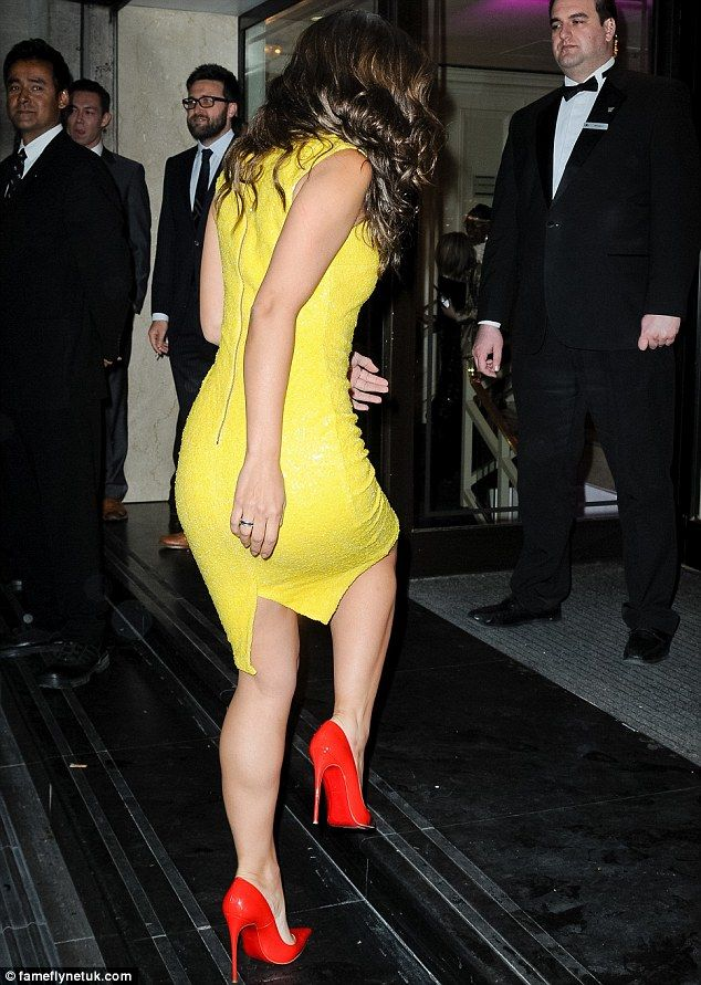 In a hurry? Myleene appeared to make her way up the steps with ...