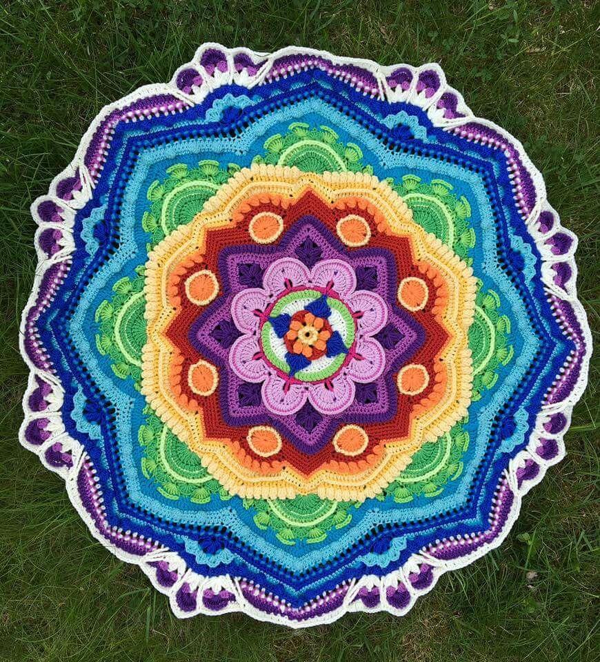 Pin von Dea Bastet auf Mandala   Pinterest   Häkeln