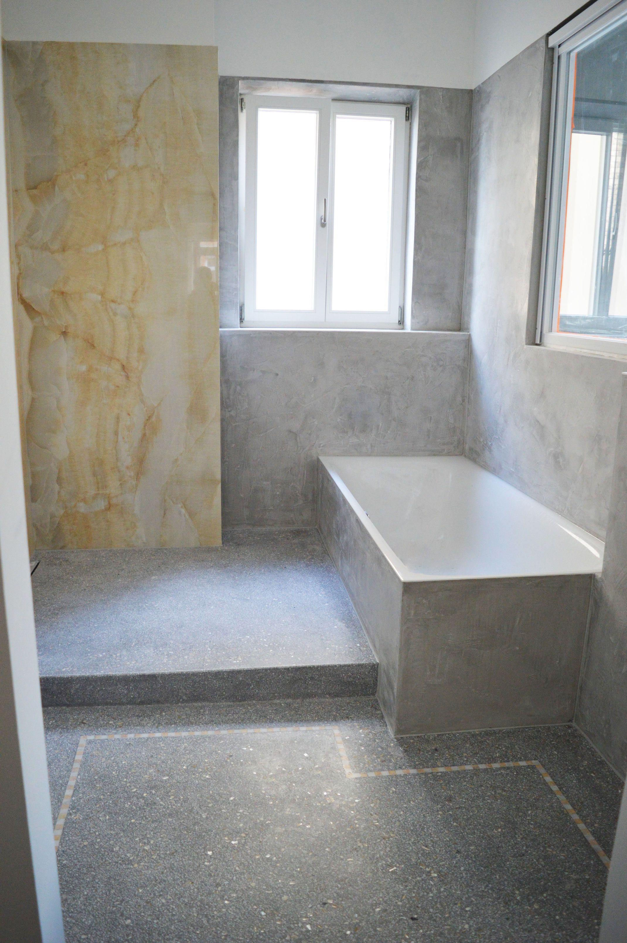 Das Wartungsfreie Fugenlose Badezimmer Terrazzoboden Badezimmer Baden Terrazzo