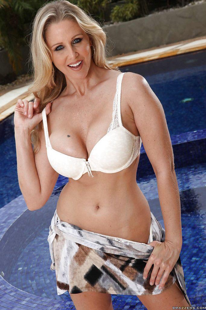 Bikini Mary Ann Severne nude (39 foto) Young, YouTube, cameltoe