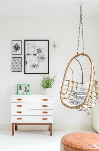 How to Decorate a Corner - Odd Corner Decor Ideas