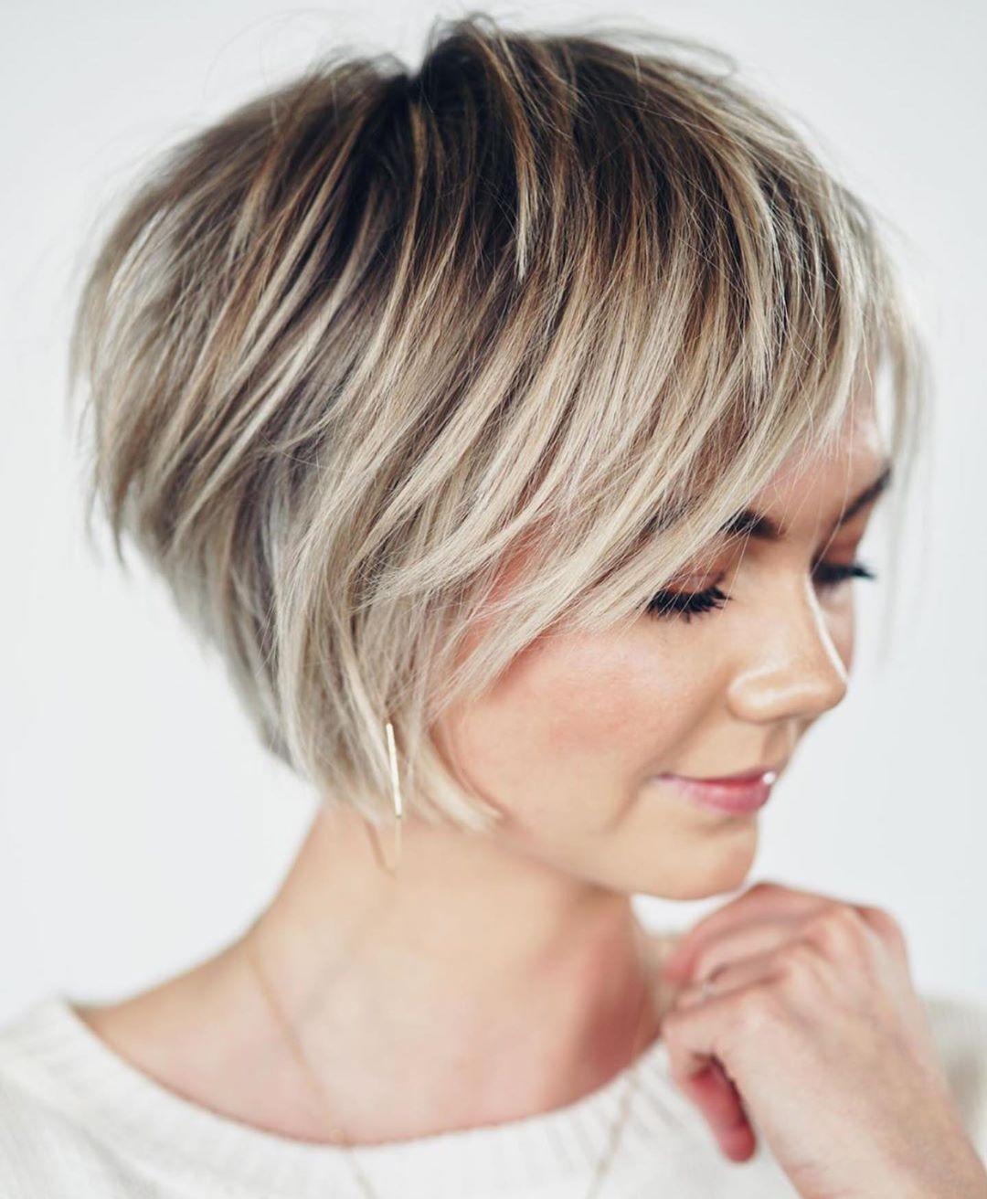 10x Kurze Frisuren Fur Heisse Sommertage In 2020 Frisur Ab 40 Modische Frisuren Haarschnitt Bob