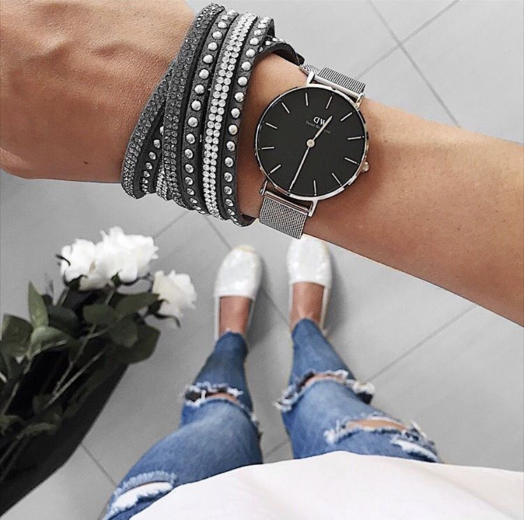 Daniel Wellington watch. Get 15% off your order w/ code SRAT15 (Photo via IG: @dry.risers)