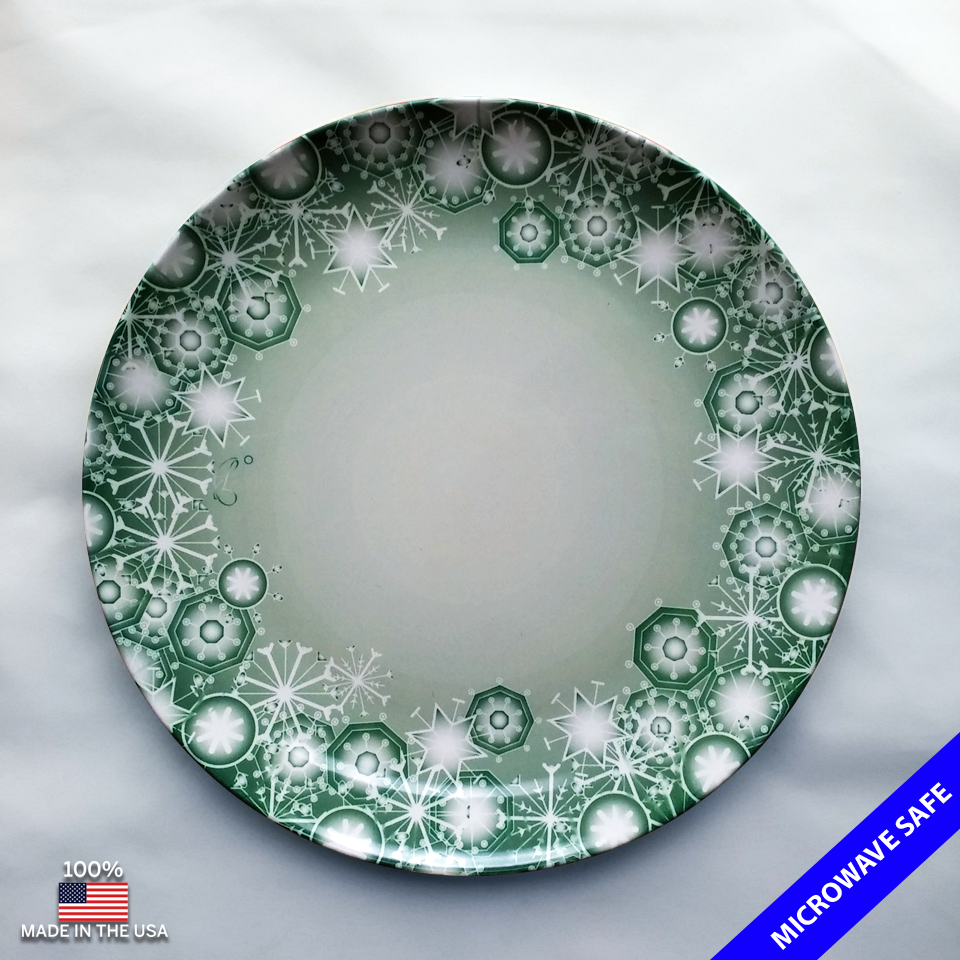 Our amazing ThermoS?f™ dinner plate with a fun snow flake pattern in green. & Our amazing ThermoS?f™ dinner plate with a fun snow flake pattern in ...