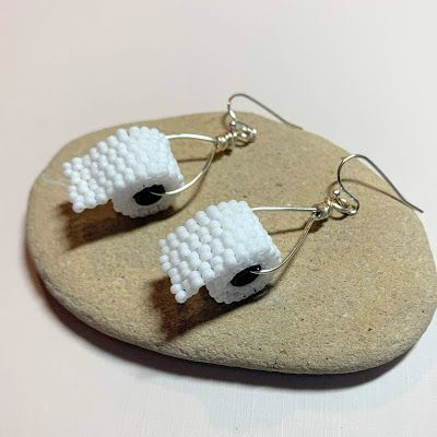 Can you spare a square? Free instructions on how to make toilet paper beaded earrings.