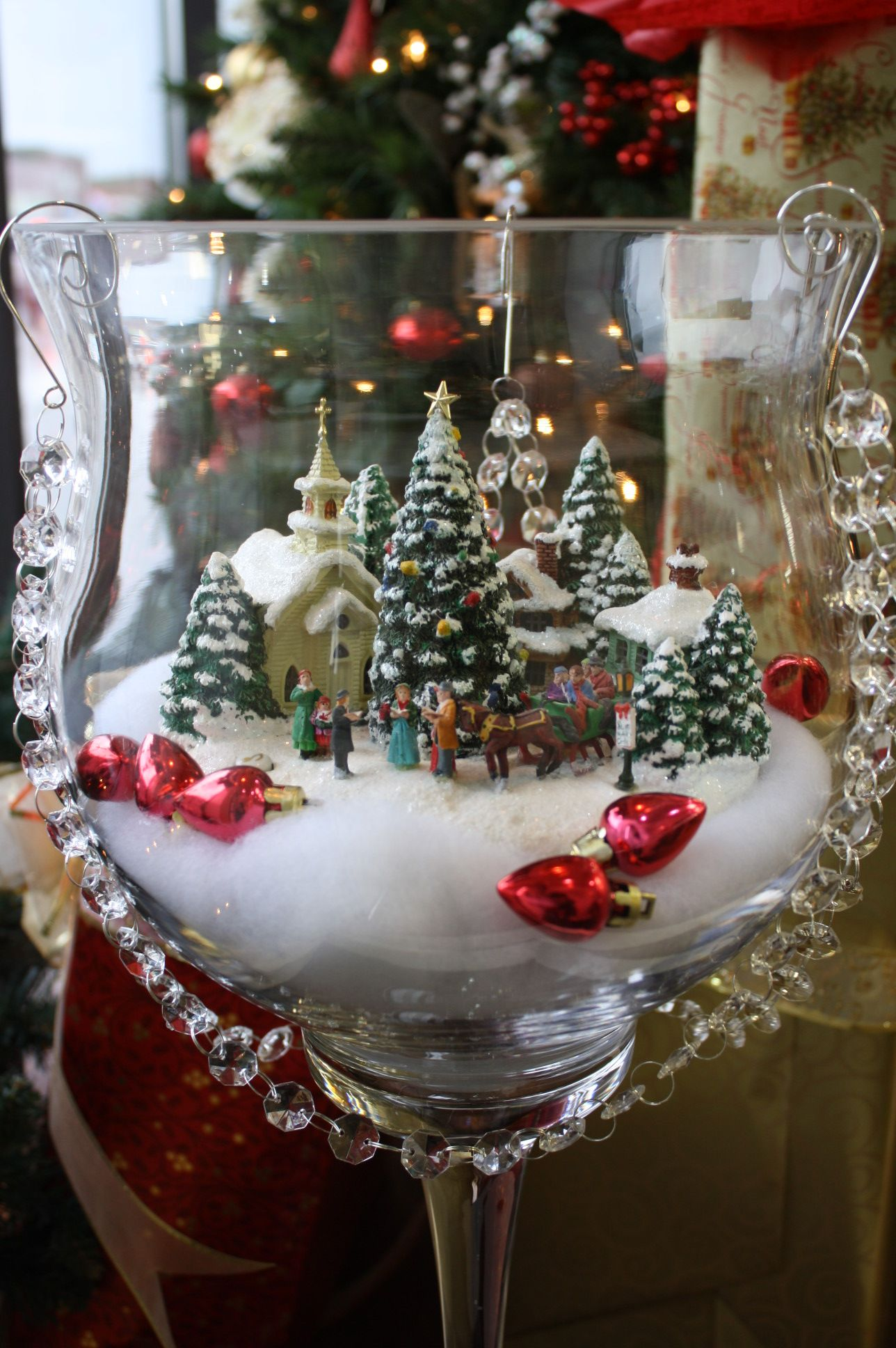 Echoes In The Attic Downtown Store Window Decorating Contest Bradford On Christmas Centerpieces Diy Affordable Christmas Christmas Centerpieces