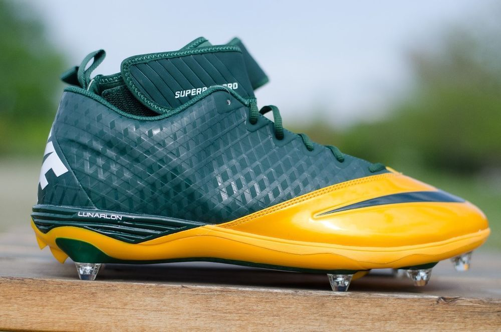 df776ca72df NIKE Lunarlon Size 15 Superbad Pro Football Cleats Greenbay Colorway  544762-312