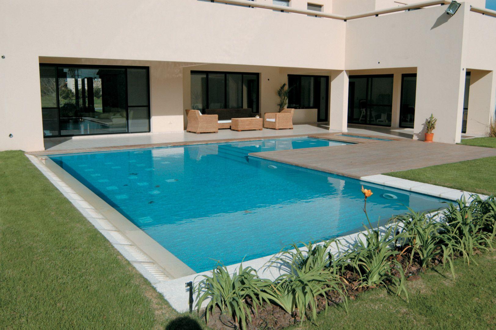 Arquinova Casas - Fredi Llosa. Màs info y fotos en www.PortaldeArquitectos.com