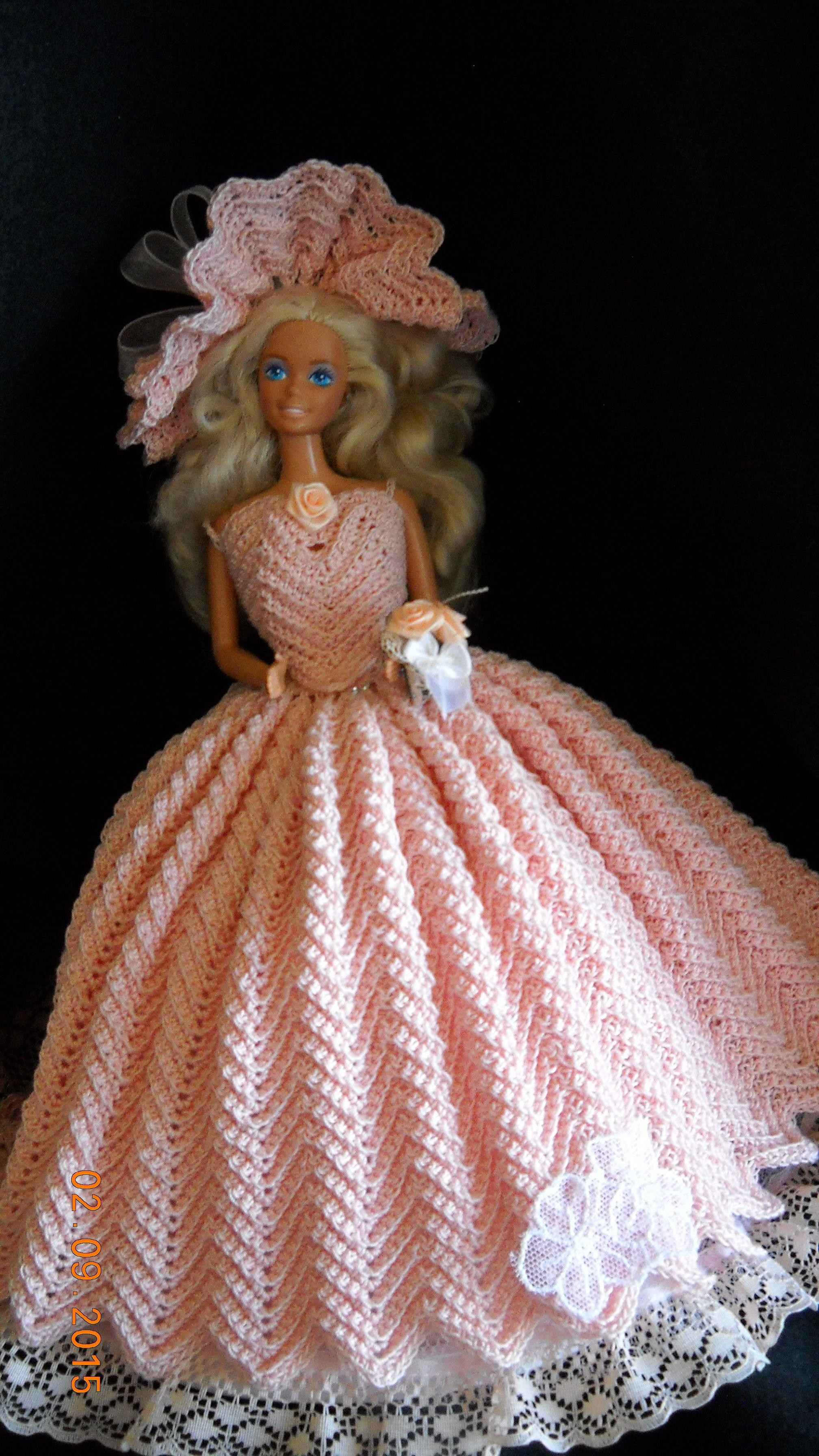 Pin von Vera Jones auf Crocheted things | Pinterest | Puppe und ...