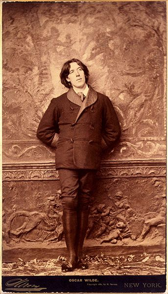 Oscar Wilde...if only i could be a published socialite like him!